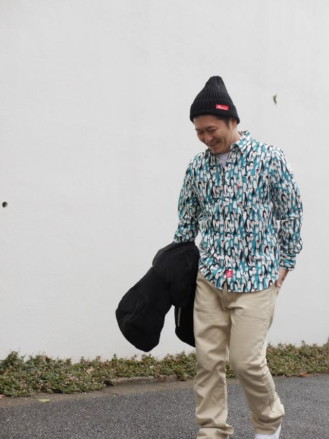 ペンギン柄長袖シャツ